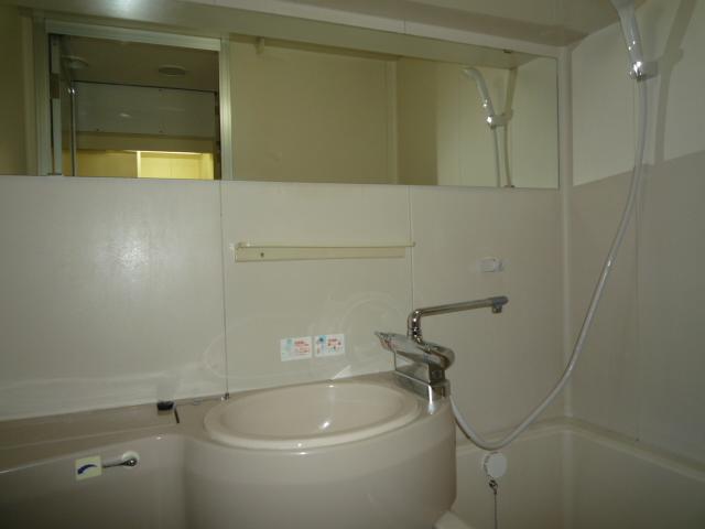 浴室鏡02